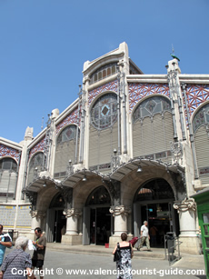Valencia's Mercado Central - a place to head to learn about local food