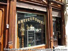 Antiques shop in Valencia's old town