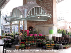 Flower stall at Mercado Colon in Valencia